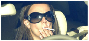 Como retirar o cheiro do tabaco no carro