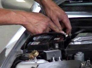 Como trocar a bateria do carro