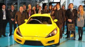 Espectacular! Carro eléctrico Português