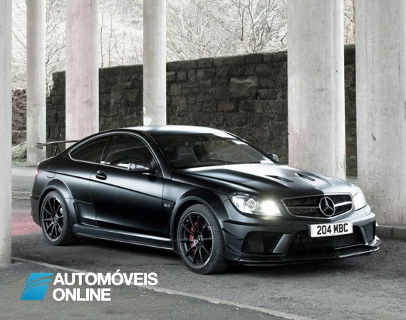 Mercedes-Benz expõe o lado negro do Mercedes C63 AMG Black Series