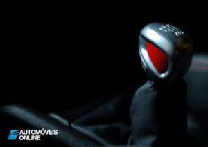 Peugeot 208 GTi Concept 2013 alavanca de velocidades
