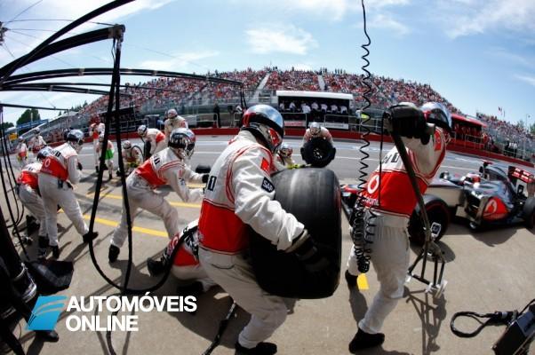 """Só visto! O """"pit-stop""""da Fórmula 1 mais rápido de sempre"""