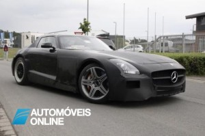 Vídeo do SLS AMG Black Series em testes