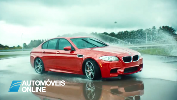 A BMW ensina condução defensiva
