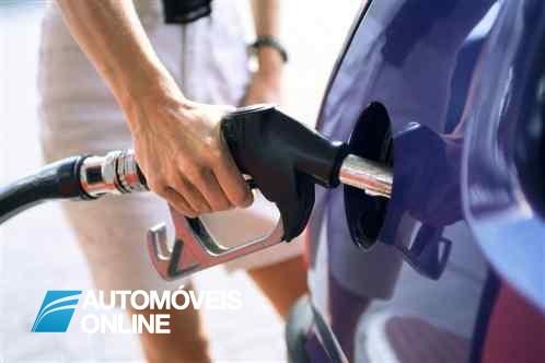 Combustíveis! Gasolina sobe 3 cêntimos e o gasóleo chega perto dos 1,50 euros o litro