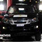 Testes Euro NCAP 2013 Isuzu D-Max embate lateral