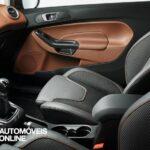 restyling Ford Fiesta Ecoboost vista de interior portas 2013