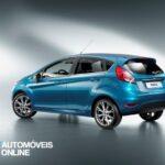 restyling Ford Fiesta Ecoboost vista tres quartos traseira 2013