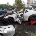 Acidente violento dois Nissan GT-R desfeitos imagem em reboque 2012