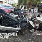 Acidente violento dois Nissan GT-R destruição completa mortes 2012