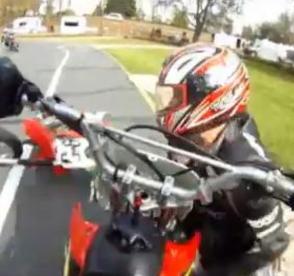 Vídeo! Acidente de mota e acontecimentos esquisitos