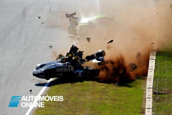 Vídeo! Violento Acidente entre Nissan DeltaWing e Porsche GTC