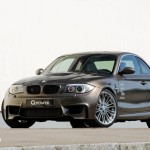 BMW Série 1M ultrapassa os 300 km/h