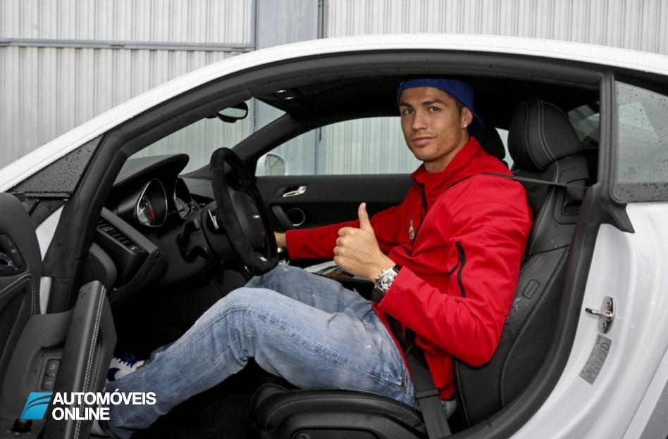 Cristiano Ronaldo e companhia! Deixaram a Bola e vestiram a pele de piloto