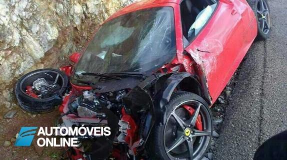 Ferrari 458 Spider! Virou Salvado duas horas depois de ter sido comprado