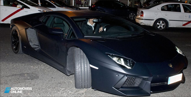 Lamborghini Aventador! Cristiano Ronaldo apanhado em excesso de velocidade