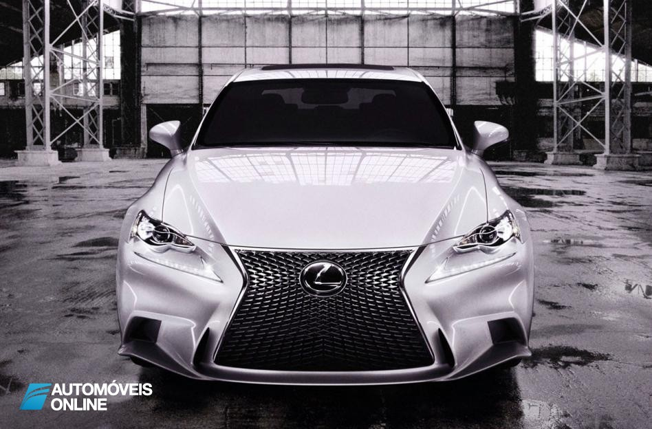 Primeiras fotos! Novo Lexus IS 2013