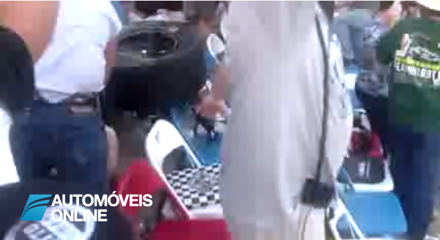Vídeo impressionante! Acidente em Daytona visto da bancada