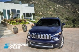 Novo Jeep Cherokee 2013 Front right view