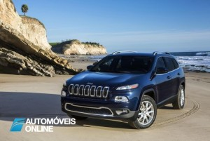 Novo Jeep Cherokee 2013 right view