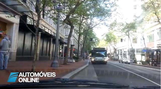 Vídeo. Cuidado! Maçarico ao volante perigo constante