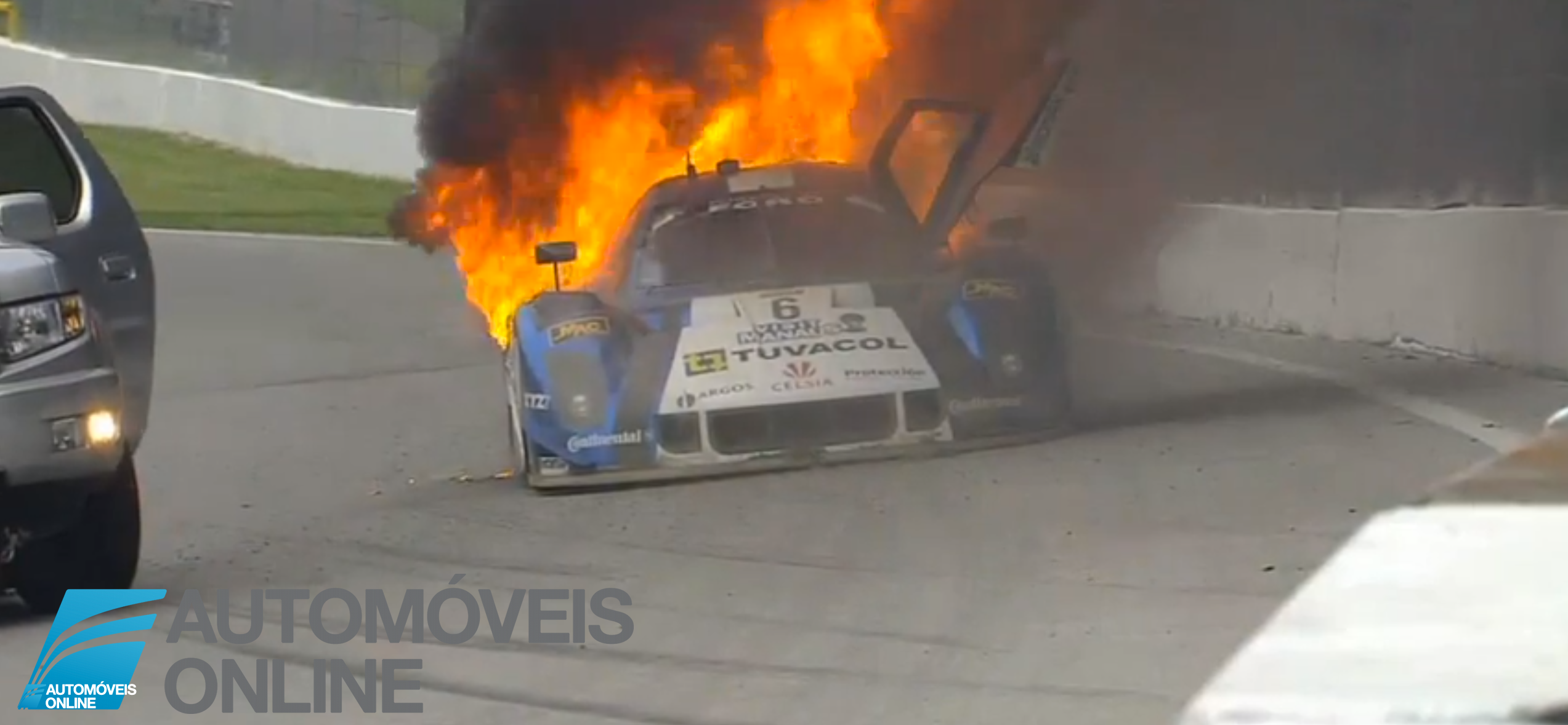 De arrepiar! Vídeo, piloto escapa às chamas Automoveis-Online Notícias