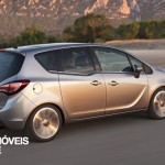 New Opel Meriva 2014 left profile view