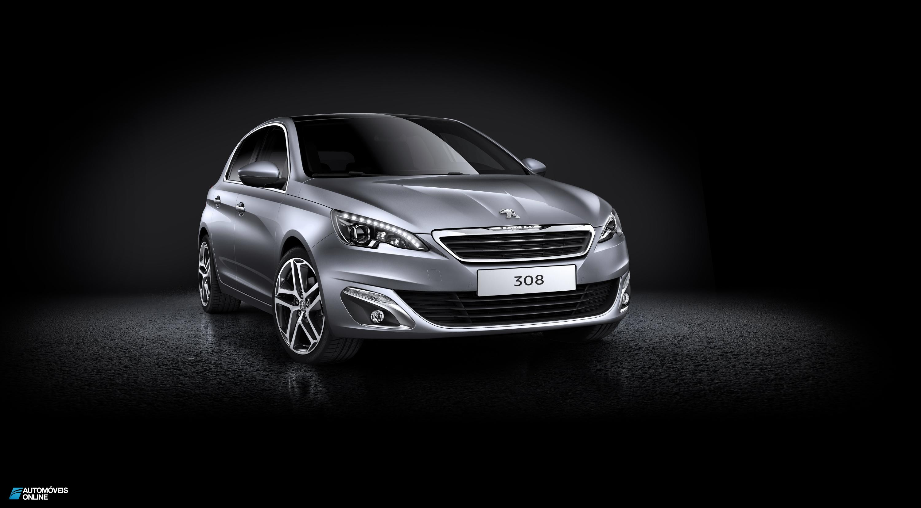 Novo Peugeot 308 2013 front right view