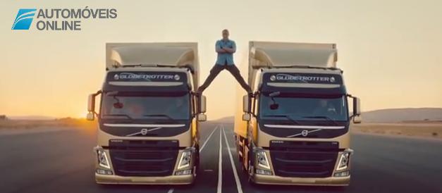 Impressionante comercial Volvo! Os 53 anos de Jean-Claude cheios de forma