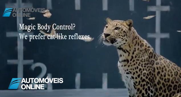 Guerra Jaguar vs Mercedes! Campanha de publicidade, vídeo - Jaguar come galinha da Mercedes