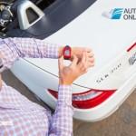 Inovação Mercedes-Benz! Relógio que fala com o carro