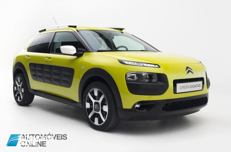 New Citroen C Cactus right quarter front view 2014