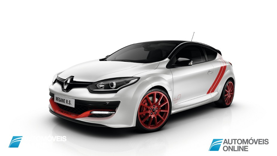 New Renault Megane RS 275 Trophy-R left front quarter view 2014
