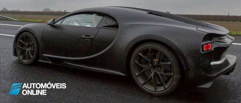 Bugatti Chiron camuflado foi apanhado! Veja o vídeo