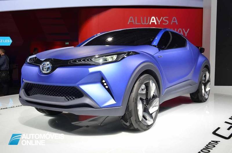 Toyota C-HR revelado na internet