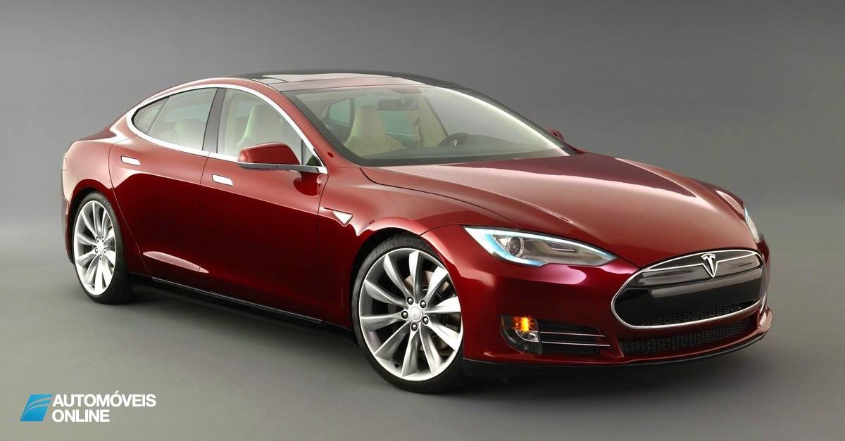 Tesla Model S multado por poluir