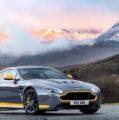 Aston Martin V12 Vantage S de série com caixa manual de 7 velocidades