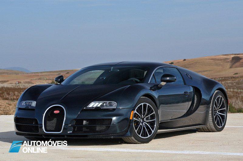 cristiano ronaldo recebe o novo bugatti veyron supersport autom veis online. Black Bedroom Furniture Sets. Home Design Ideas