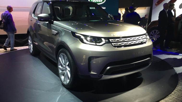 Land Rover Discovery apresentado em Paris