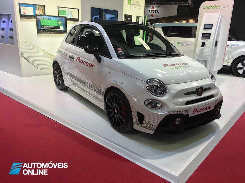 Salão Automóvel de Paris Smart 500 Abarth