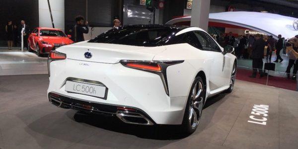 Salão Automóvel de Paris Lexus