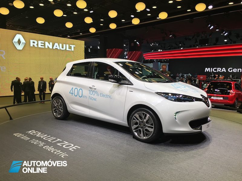 Salão Automóvel de Paris Renault