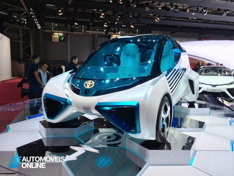 Salão Automóvel de Paris Toyota