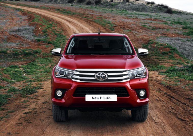Toyota Hilux nova geracao com tres lugares