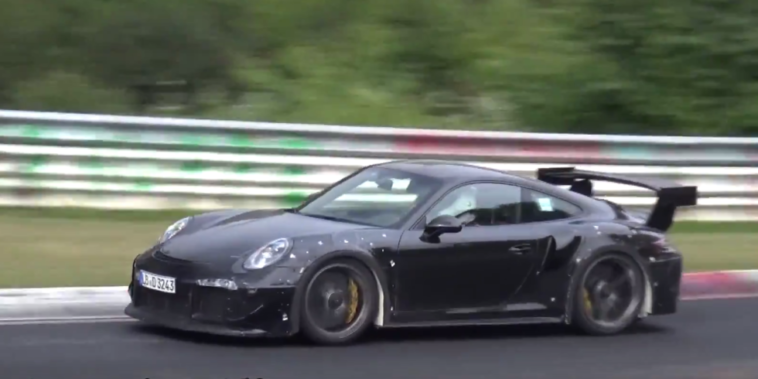Oficial. Regresso do Porsche 911 GT2 RS