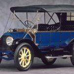 CADILLAC TOURING EDITION (1912), foi o primeiro veículo com arranque elétrico