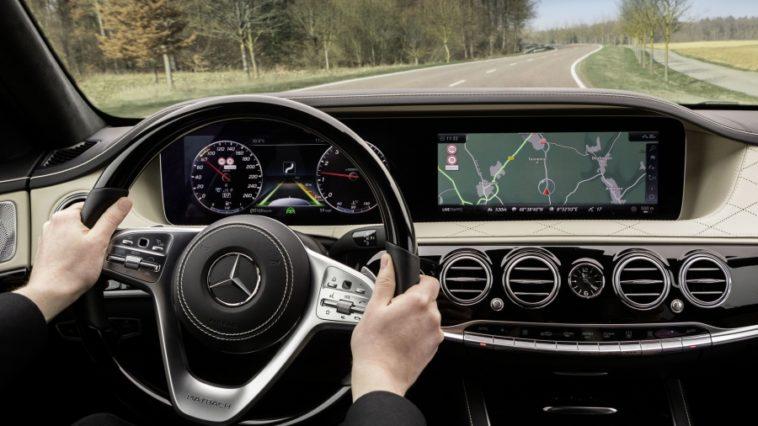 Novo volante para o Mercedes Classe S