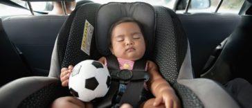 Saiba tudo sobre cadeiras de bebé para automóvel