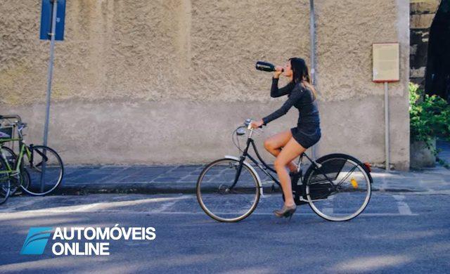 Ciclista condenado por andar de bicicleta bêbado