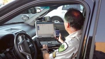 A polícia poderá consultar o seu telemóvel em caso de acidente?
